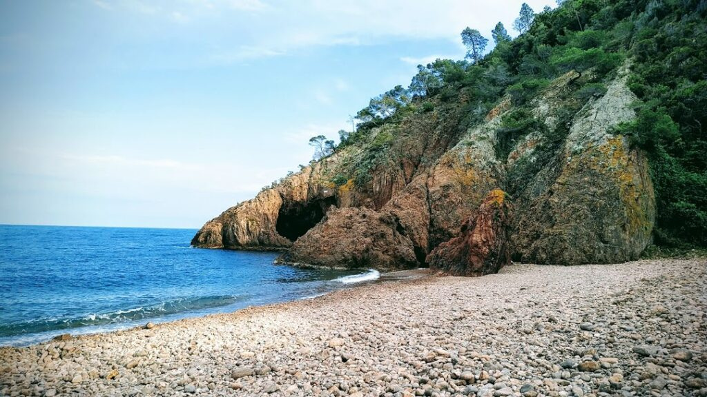 beaches on French Riviera