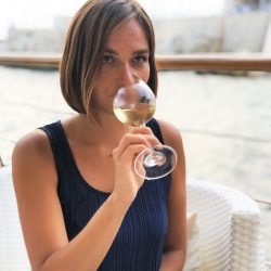 wine bar nice